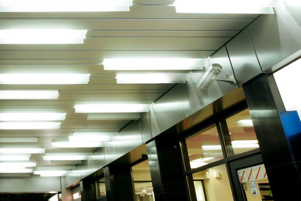 Осветителни тела в Central Mall Pleven.